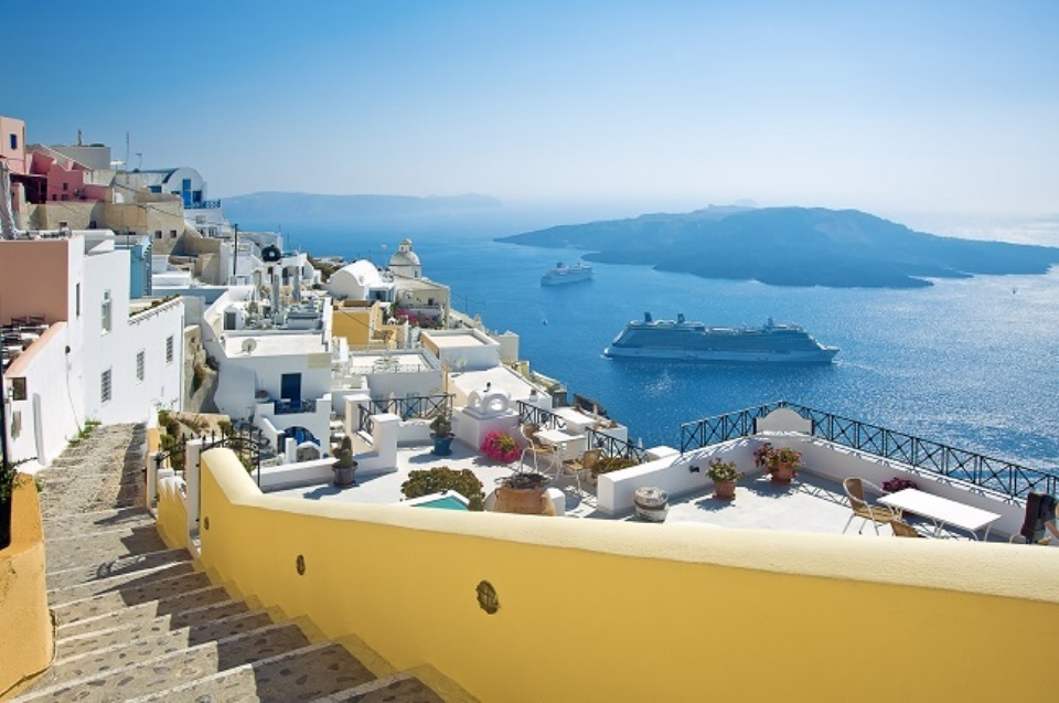 what-to-visit-in-santorini-island